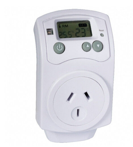 Household Power Plug In Temperature Controller For Heater / FAN 99.8% Accuracy